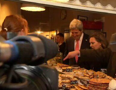 Kerry wpadł do kawiarni na Krakowskim Przedmieściu