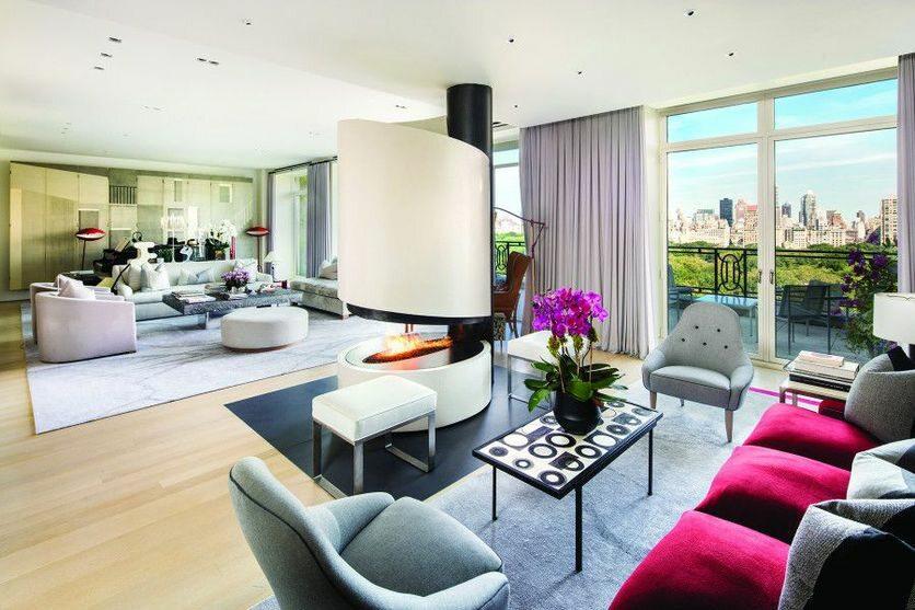 Nowojorski dom Stinga Jeśli jednak ktoś zdecyduje się na zakup mieszkania za 56 milionów, to kwota czynszu zapewne nie robi na nim wielkiego wrażenia.