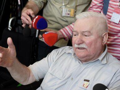 """Ostre starcie Wałęsy z reporterem TVP Info. """"Pan jest głupi. Z głupkami..."""