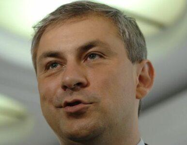 Napieralski: cham nie jest godny mandatu poselskiego