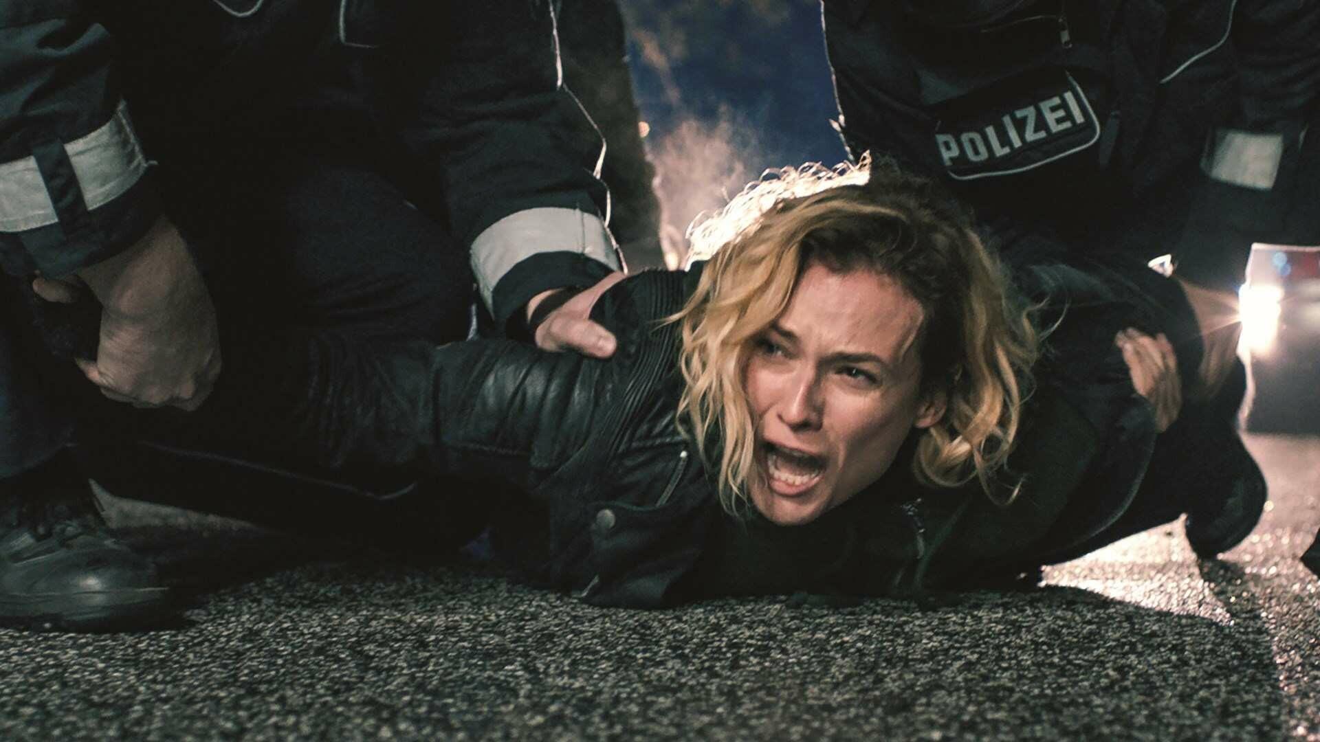 """Zbrodnia i kara – """"W ułamku sekundy"""" (2017)"""