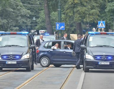 Samochód, którym papież jeździł po Polsce, trafi na sprzedaż