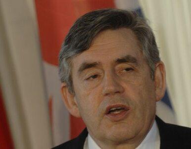 Premier Gordon Brown podaje się do dymisji