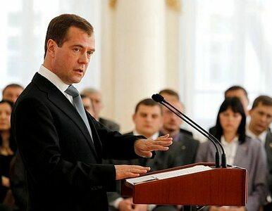 Miedwiediew: bez otwartej gospodarki Rosja upadnie