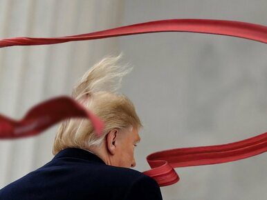 Donald Trump nosi za długie krawaty? Internauci są bezlitośni