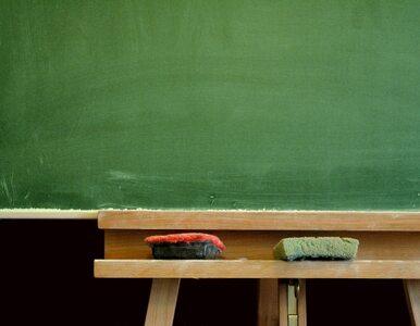 Gibała pisze do Szumilas: Jak uratować zamykane szkoły?