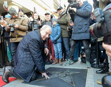 """Jerzy Stuhr w szpitalu. """"GW"""" nieoficjalnie: Aktor odzyskał mowę, ale..."""