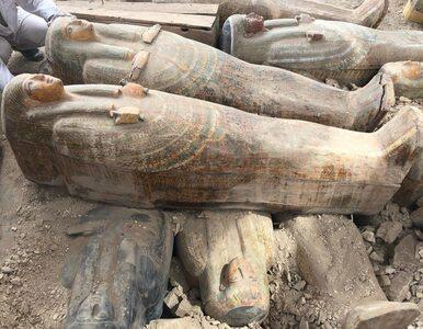 Niezwykłe odkrycie w Egipcie. Znaleziono 20 nienaruszonych trumien...