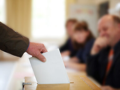 W Olsztynie zaginęło ok. 400 kart do głosowania. Wciąż trwają ich...