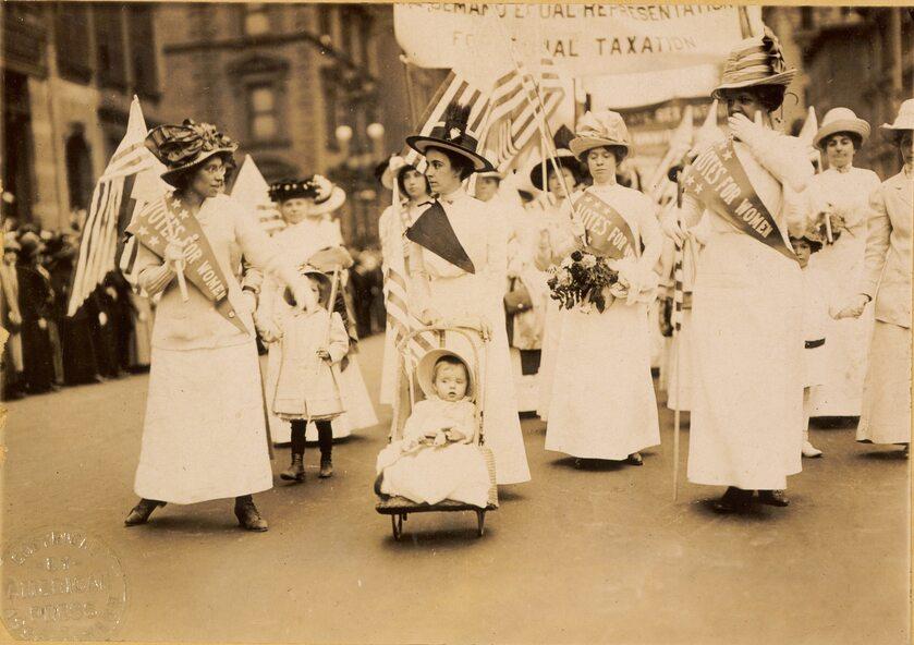 Demonstracja sufrażystek w Nowym Jorku 6 maja 1912 r.