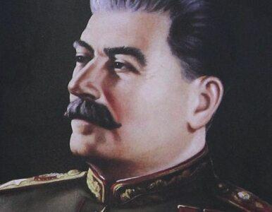 Wnuk Stalina broni honoru dziadka. Pozywa