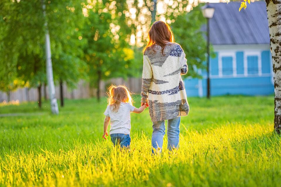 Matka z dzieckiem, zdjęcie ilustracyjne