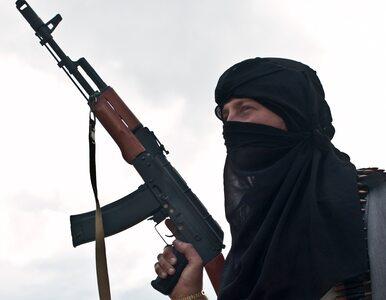 Polak walczył w szeregach ISIS. Śledczy rozszerzyli zarzuty
