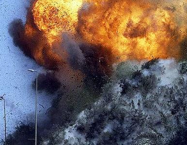 Eksplozje i wymiana ognia w nocy w Kabulu