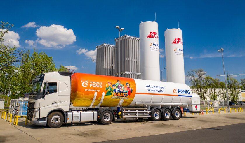 SMOK to mobilna instalacja do precyzyjnego odmierzania ilości skroplonego gazu ziemnego LNG dostarczanego w cysternach