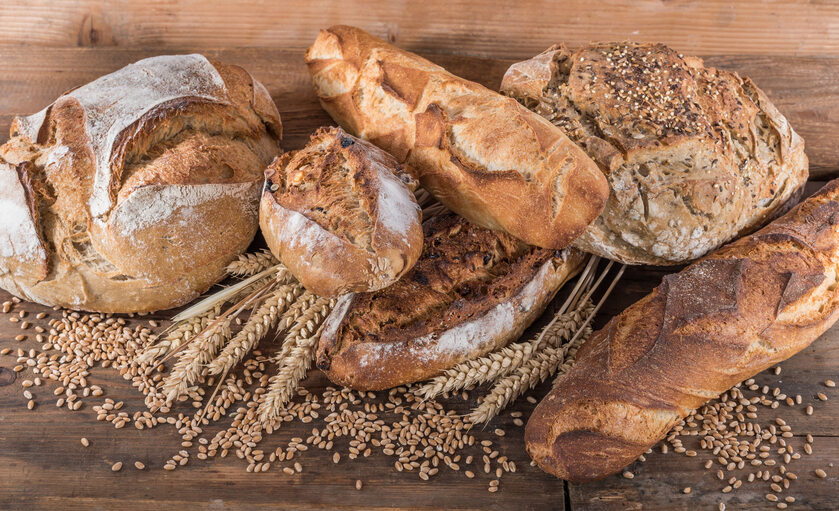Chleb, pszenica, zdjęcie ilustracyjne