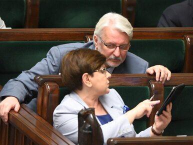 """Niedyskrecje parlamentarne #26: """"Przed kongresem trwa łapanka na nowego..."""