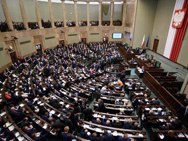 W partiach opozycyjnych podniesiono alert, posłowie dostali SMS. Wszyscy...