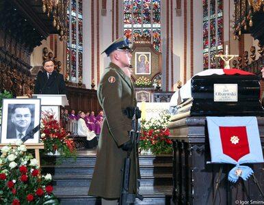 """Trwa pogrzeb byłego premiera Jana Olszewskiego. """"Byłeś najwybitniejszym..."""