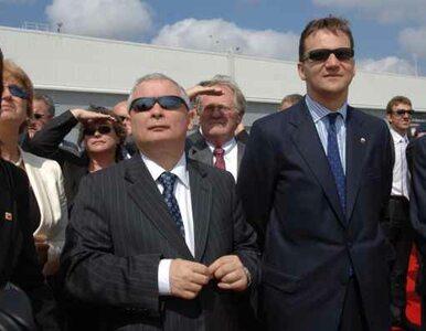 Kaczyński czy Sikorski - kto ma miękkie podbrzusze?