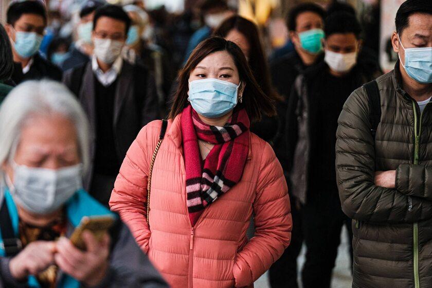 Ludzie na ulicach w Hongkongu