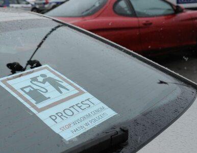 Stołeczni kierowcy zwolnili. Protestują przeciwko wysokim cenom paliw
