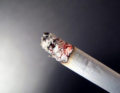Dzieci bez problemu kupują papierosy