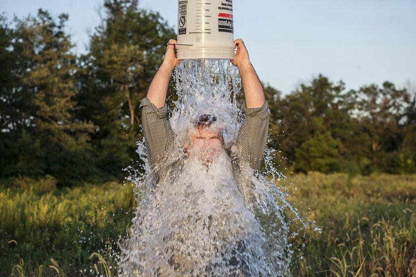 Ice Bucket Challenge, zdj. ilustracyjne