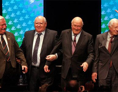 Wałęsa, Gorbaczow i Carter dyskutują o pokoju w Chicago