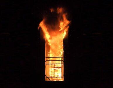 Pożar kamienicy w Toruniu. 2 osoby w szpitalu